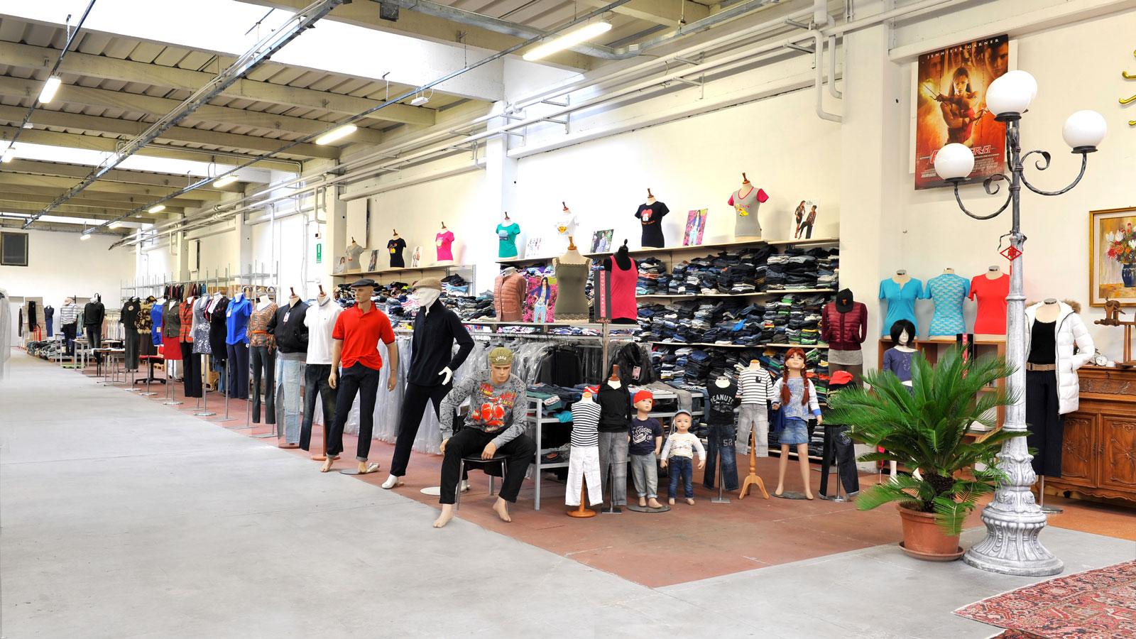 99a78c041387 OFFerteModa.com by StockItalia - Vendita online abbigliamento in stock